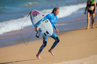 14 Laura Enever AUS Cascais Womens Pro foto WSL Laurent Masurel
