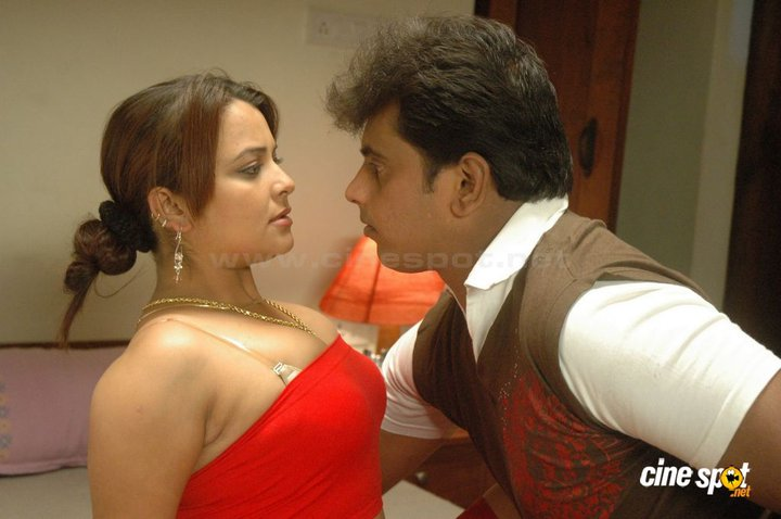 Bollywoodbd: February 2011