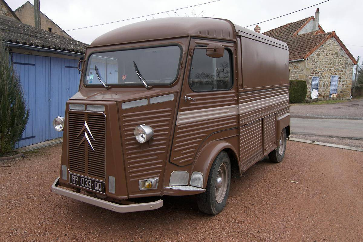 Beautiful Brown Citroen HY Van