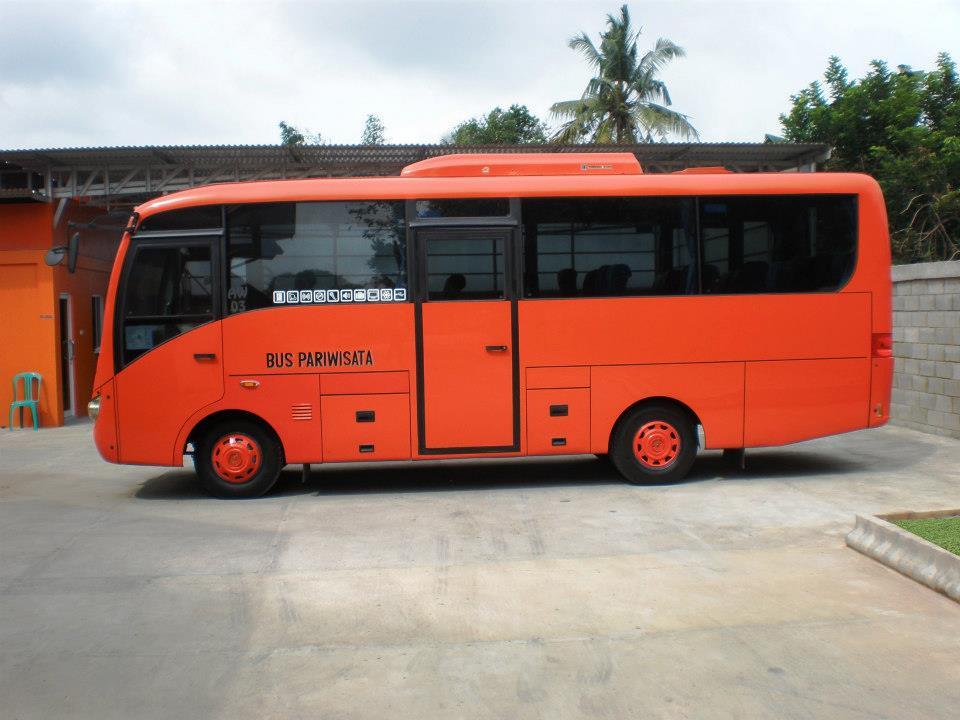 Sewa Bus Pariwisata Pekanbaru 71