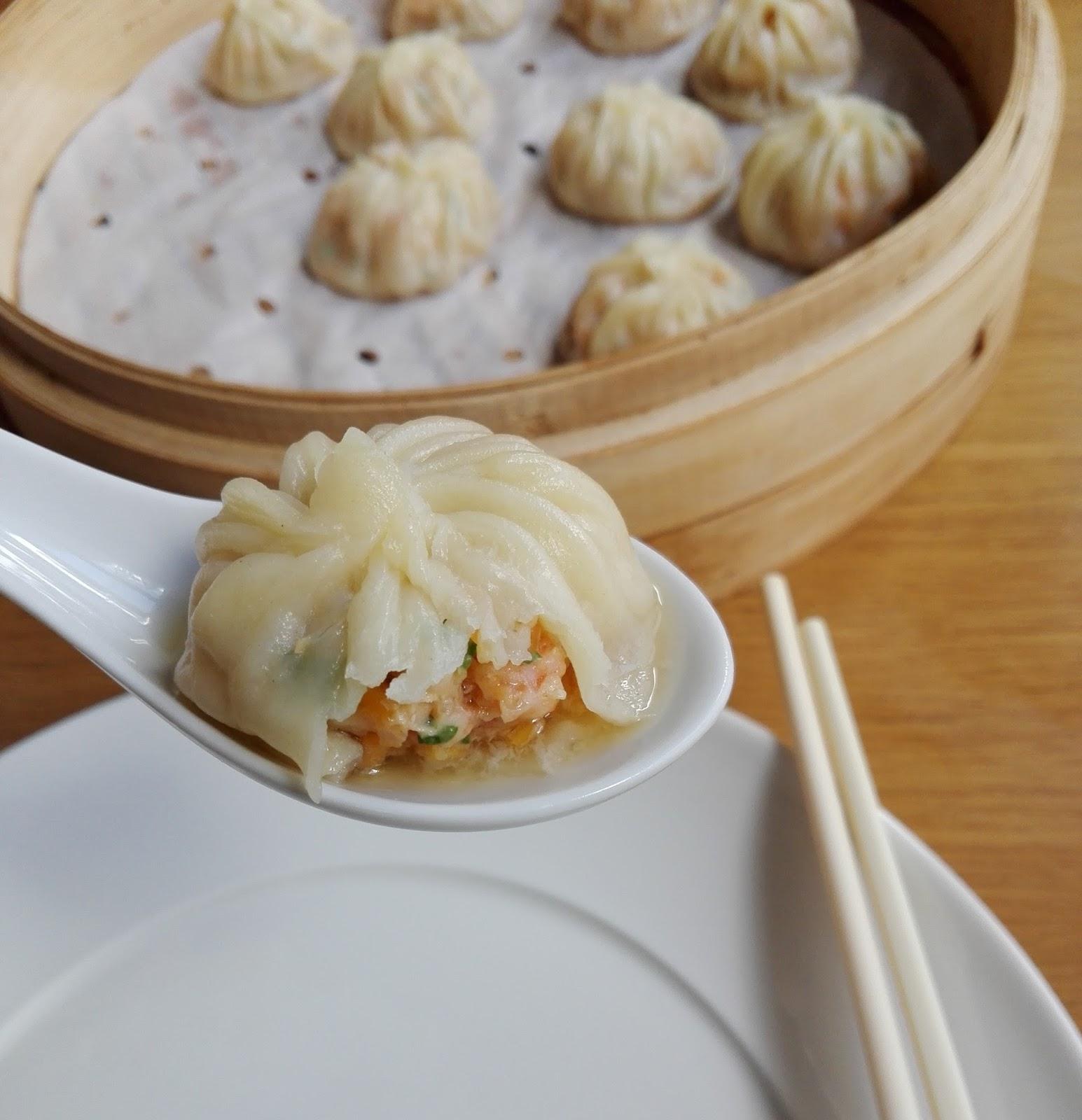 recettes d 39 une chinoise xiao long bao aux crevettes bouillon de poule. Black Bedroom Furniture Sets. Home Design Ideas