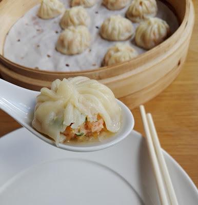 Xiao long bao aux crevettes, bouillon de poule