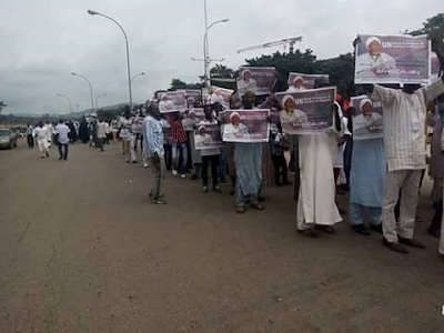 Shi'ites stage protest in Abuja, demand release of their leader El-Zakzaky (see photos)