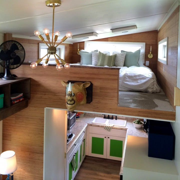 New Tiny House Interiors: The French Touch: Living Off The Grid