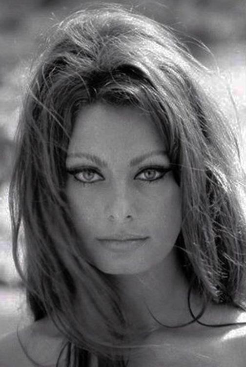 Italian Celebrities Nude 109