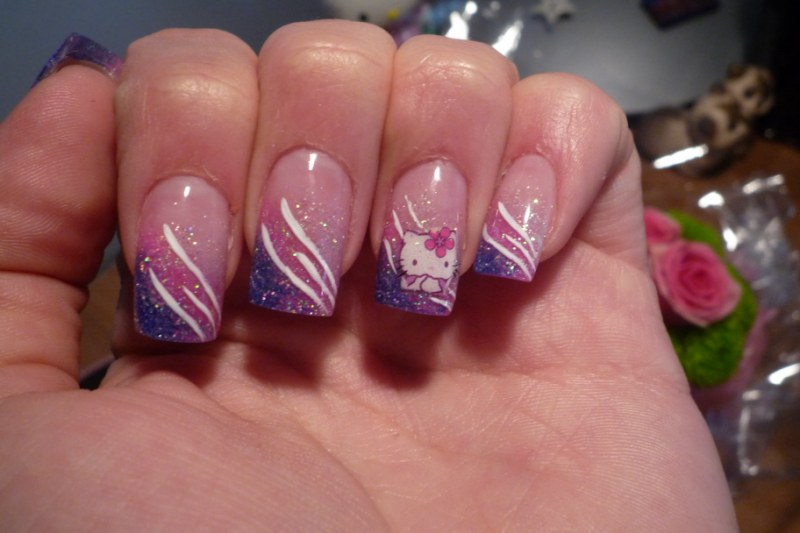 beauty passion idee nail art hello kitty. Black Bedroom Furniture Sets. Home Design Ideas