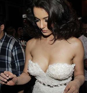 Bollywood actress Kangana Ranaut hot