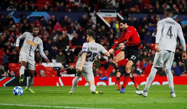 Manchester United Menang 1-0 Dari Young Boys Lewat Gol Kontroversial Fellaini