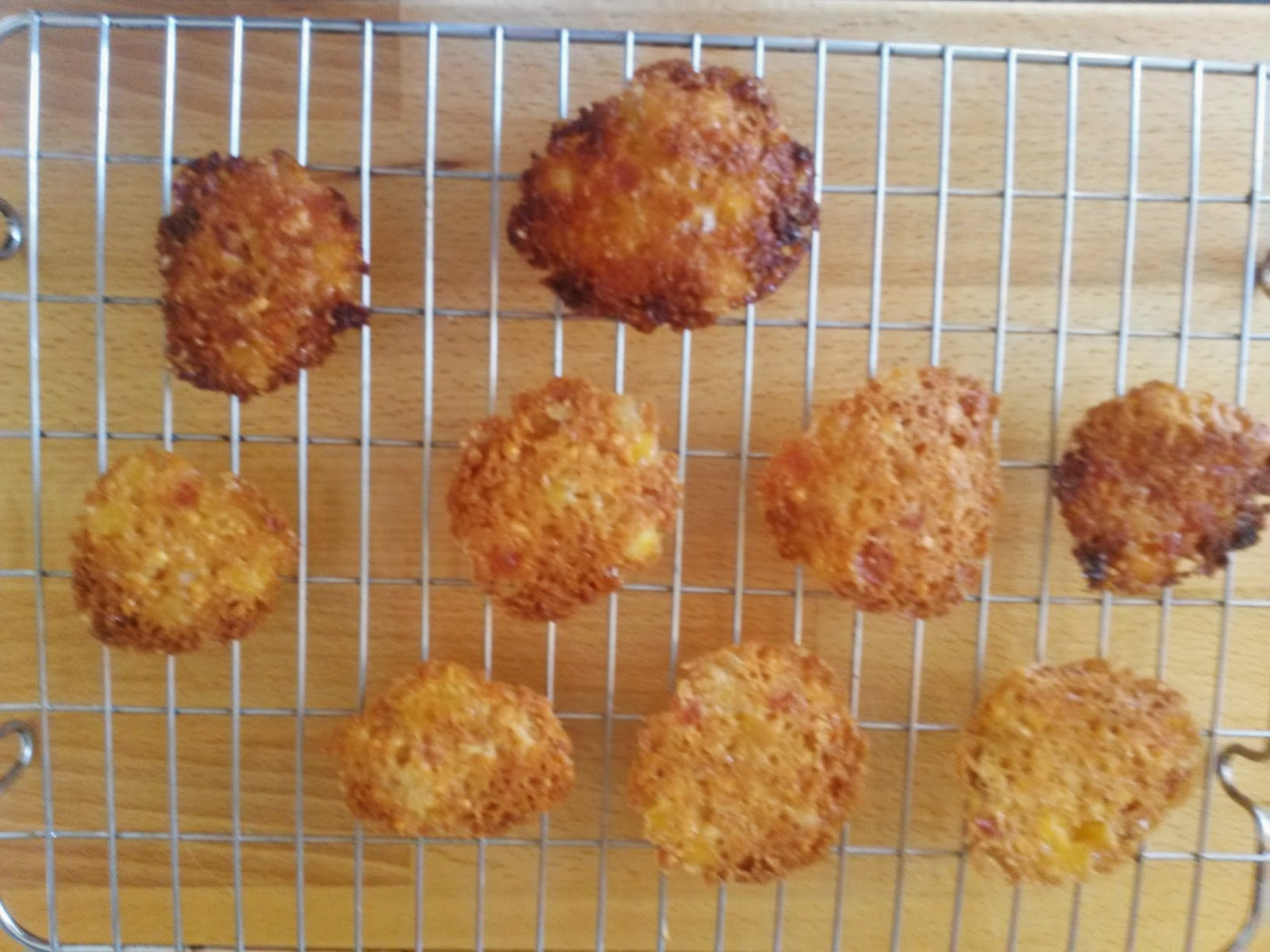 Cooling florentines biscuits