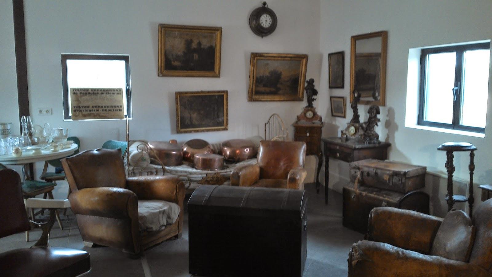 qui nous sommes accueil home achat vente d barrasse caves. Black Bedroom Furniture Sets. Home Design Ideas
