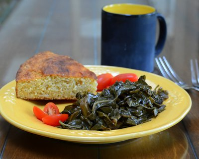 Braised Collard Greens, a fine southern tradition at New Year's ♥ AVeggieVenture.com. WW Friendly. Vegan. Low Carb. Low Fat. Gluten Free.