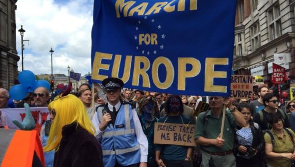 Marcha por Europa congrega a miles de personas contra el brexit