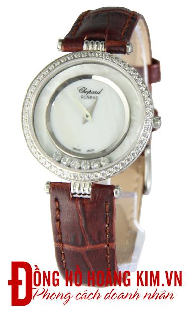 Đồng hồ đeo tay nữ dây da giá rẻ dưới 2 triệu Chopard