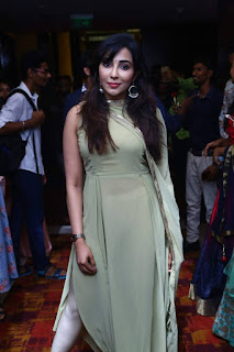 Indian Model Parvatii Nair at White Shadow Magazine launch (6)