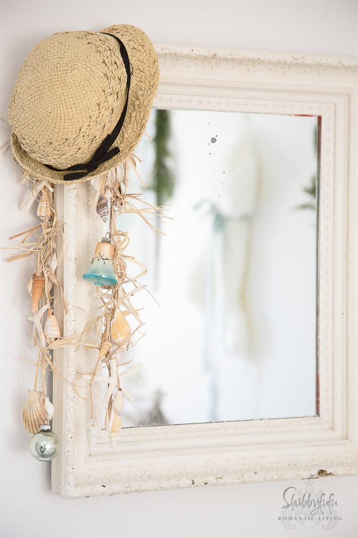 beach-mirror-coastal-christmas