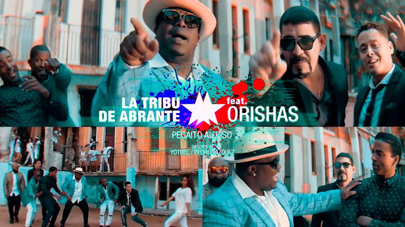 La Tribu de Abrante - Orishas - ¨Pegaíto al piso¨ - Videoclip - Dirección: Yotuel - Pedro Vázquez. Portal del Vídeo Clip Cubano