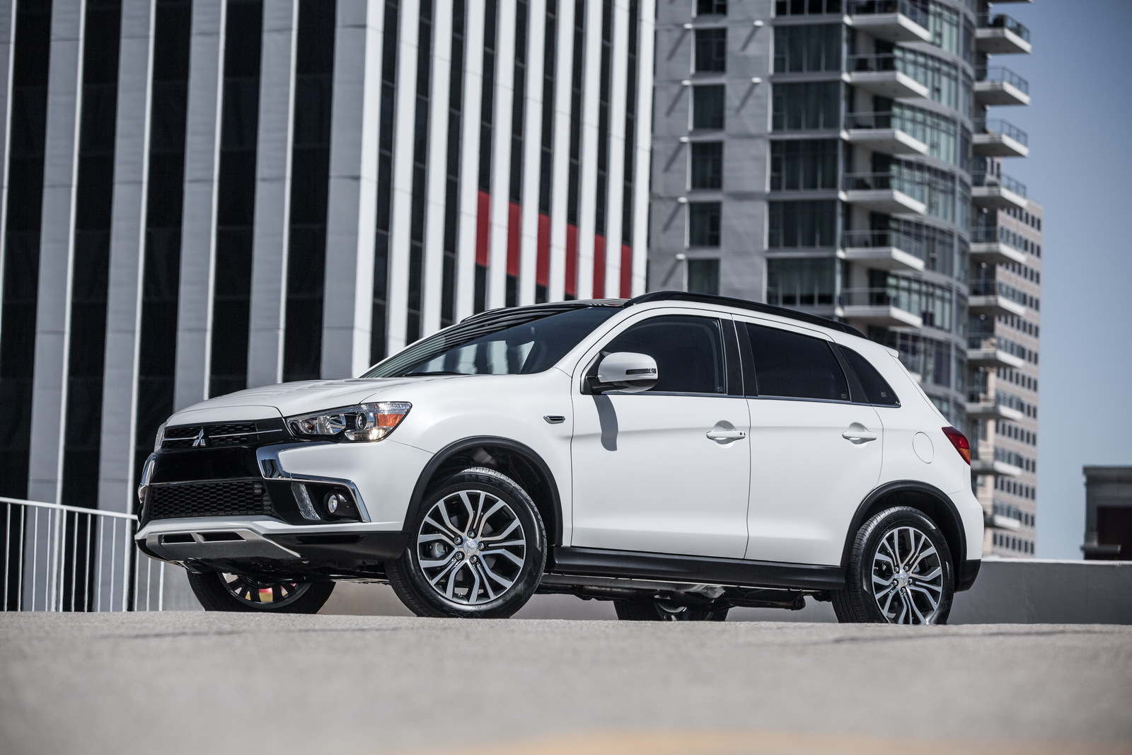 mitsubishi to debut 2018 outlander sport at ny auto show. Black Bedroom Furniture Sets. Home Design Ideas