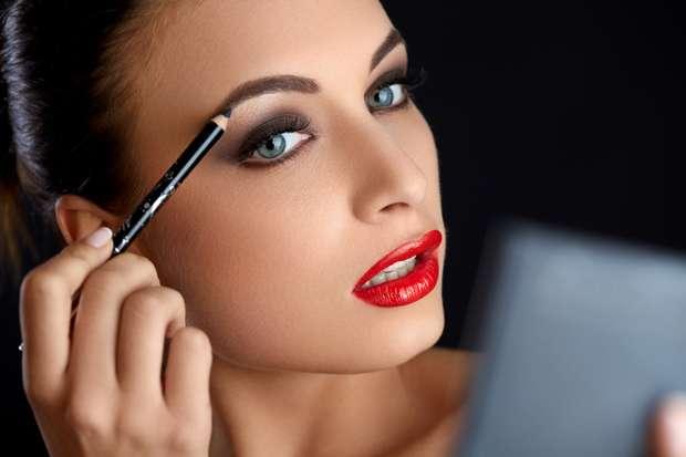 Confira o que a sobrancelha de henna pode fazer para melhorar o visual