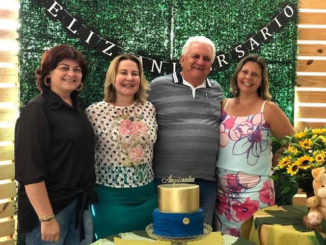 Em Buíque Arquimedes Guedes Valença comemora aniversario em família
