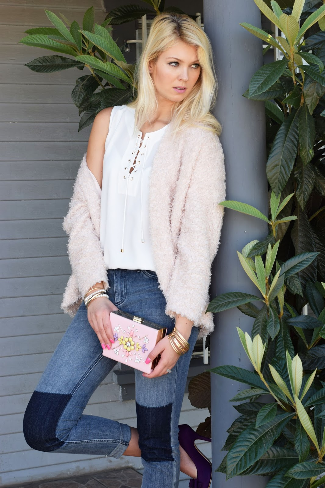 fluffly jacket, heels, rose, nicole lee, nicole lee clutch, pink clutch, purple heels, jeans