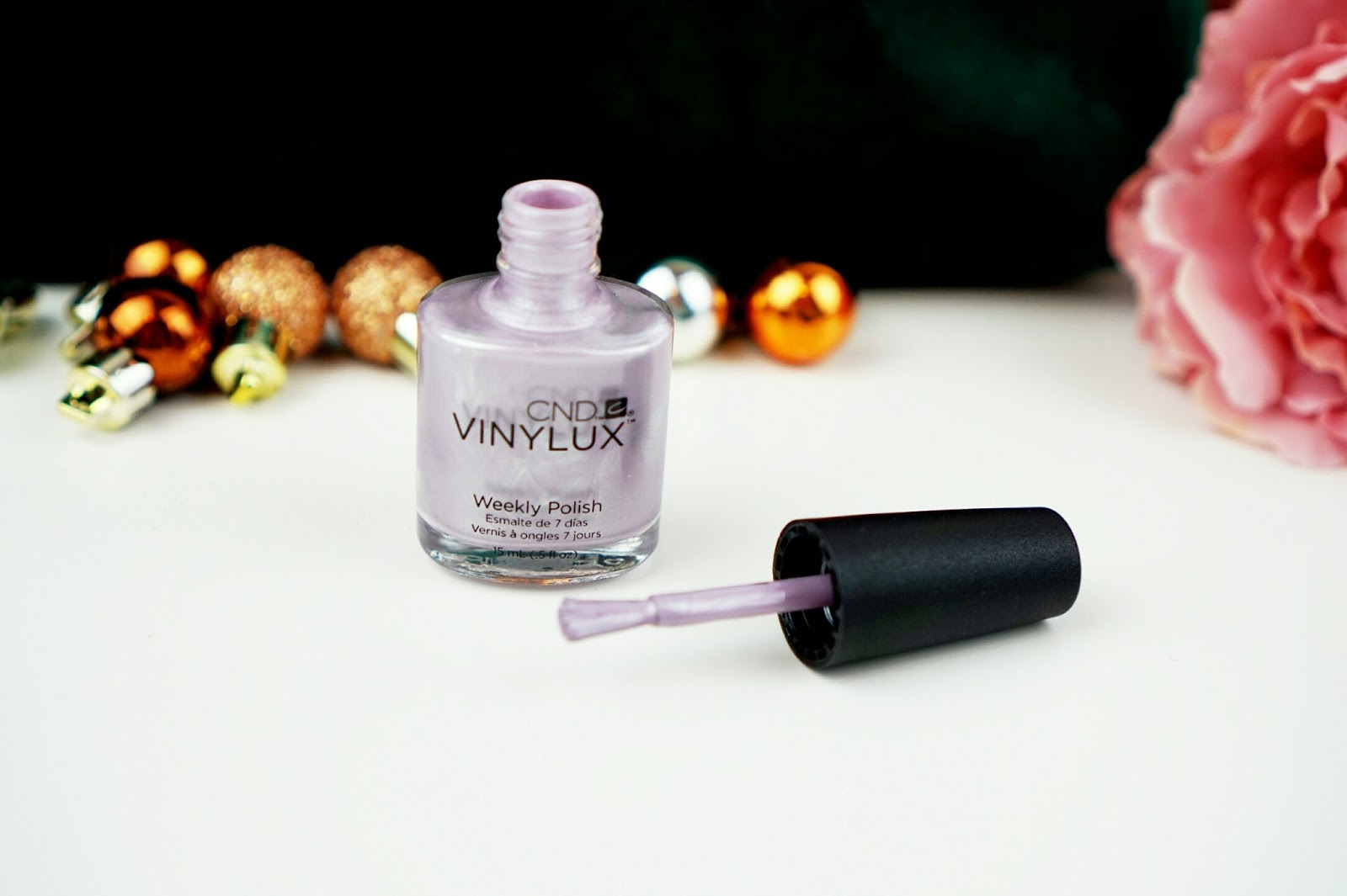 CND_Vinylux_Weekly_Polish_Alpine_Plum_#261