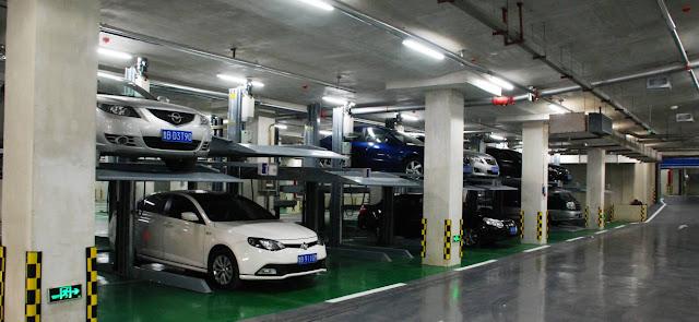 Coches y contrato de aparcamiento de vehiculos
