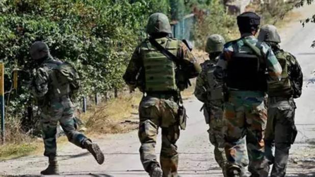 जम्मू-कश्मीर: में आतंकी मुठभेड़, रुक-रुक कर हो रही है फायरिंग