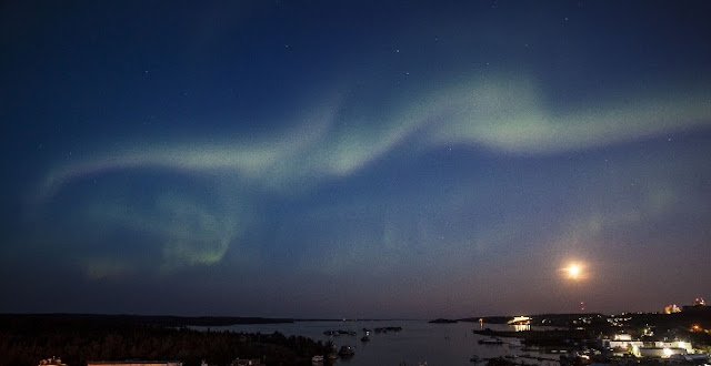 Aurora seen over Great Slave Lake at Yellowknife, Canada on Aug. 5. Credit: Bill Braden.