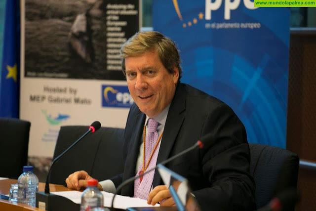 Gabriel Mato aplaude que la UE establezca criterios comunes, claros y predecibles sobre las restricciones a los viajes para evitar más daño en la economía