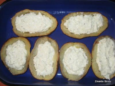 cartofii-umpluti-cu-crema-de-branza