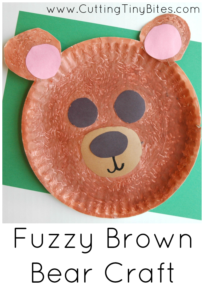 Fuzzy Brown Bear Craft. Fun art project for toddlers, preschoolers, or kindergartners using textured paint.