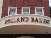 Lowongan Kerja PT. Dinamika Citra Rasa (Holland Bakery) Januari 2018