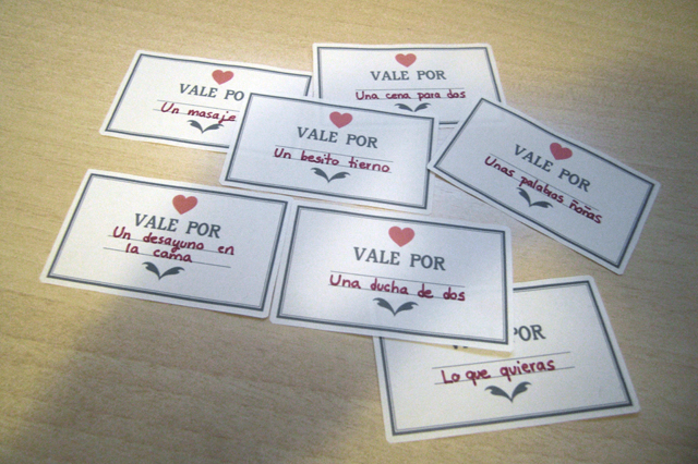 Milowcostblog imprimible vales para san valent n for Que regalar por san valentin