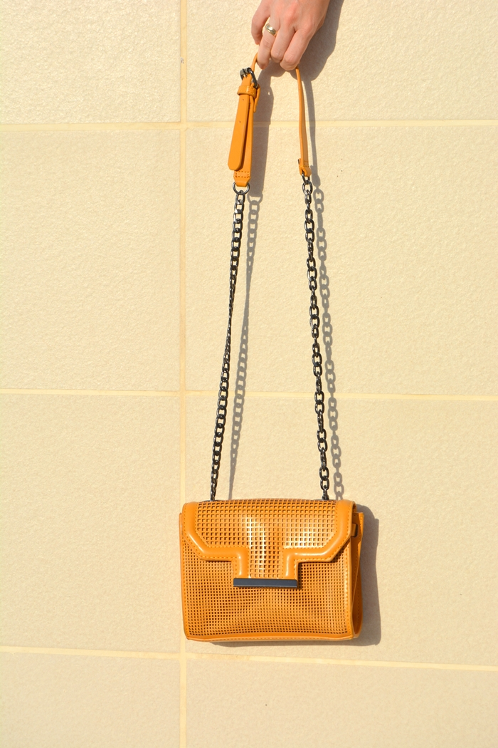 zara-yellow-bag