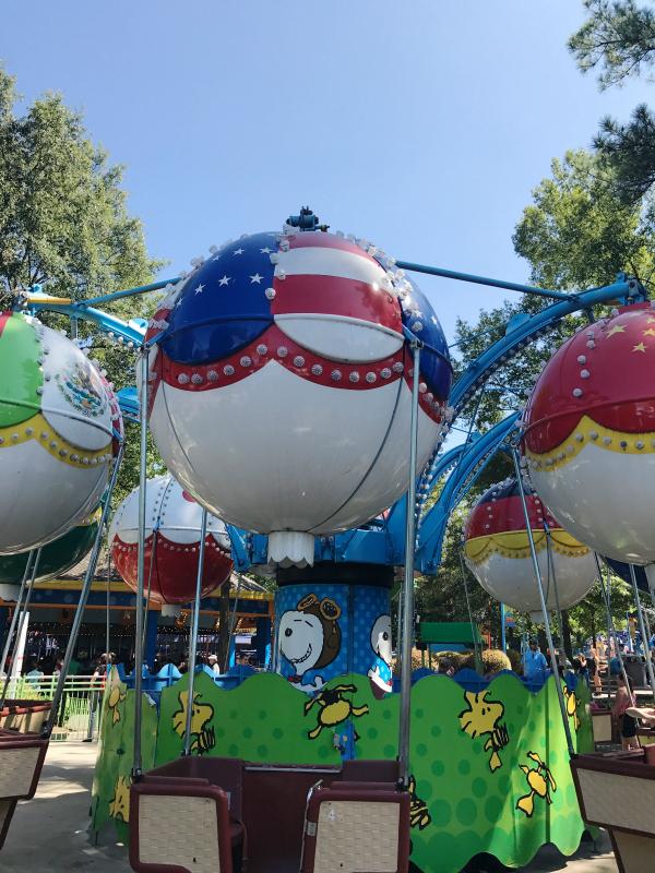 carowinds, north carolina blogger, lifestyle blogger, kid friendly amusement park