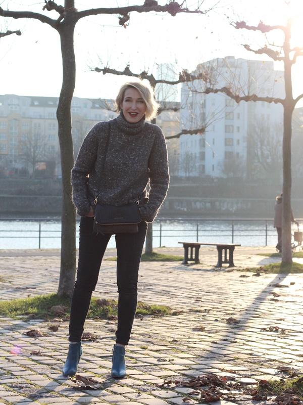 Dicker Rollkragenpullover zur Skinny-Jeans