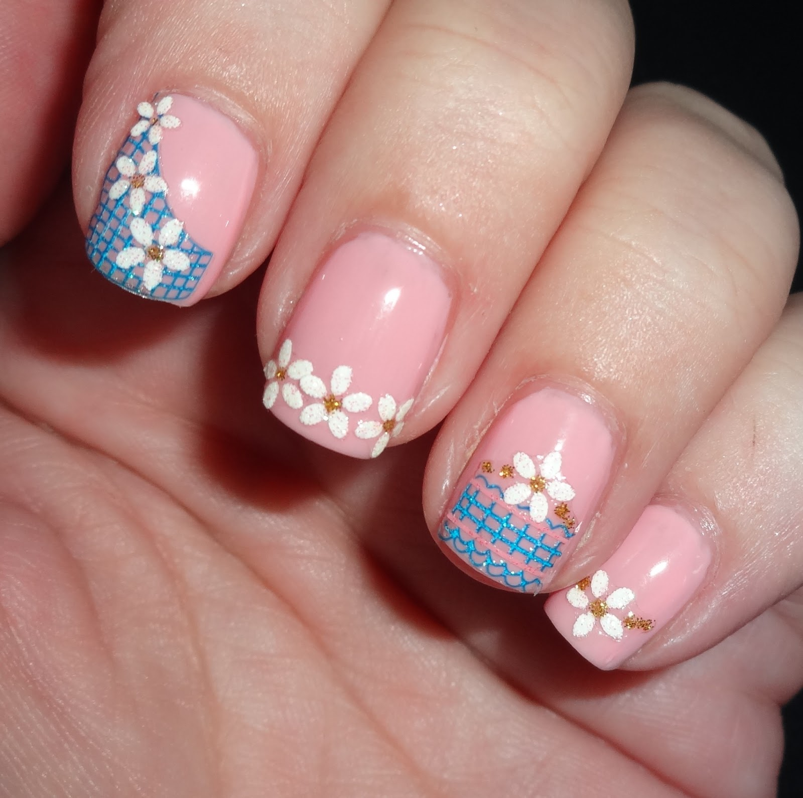Glitter Nail Art: Wendy's Delights: Born Pretty Flower Reseau Easy Fast