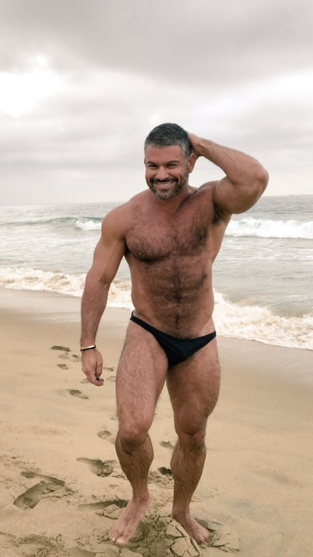 Free Gay Nude Pictures