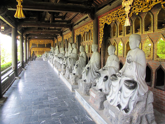 buddha statues bai dinh pagoda ninh binh vietnam