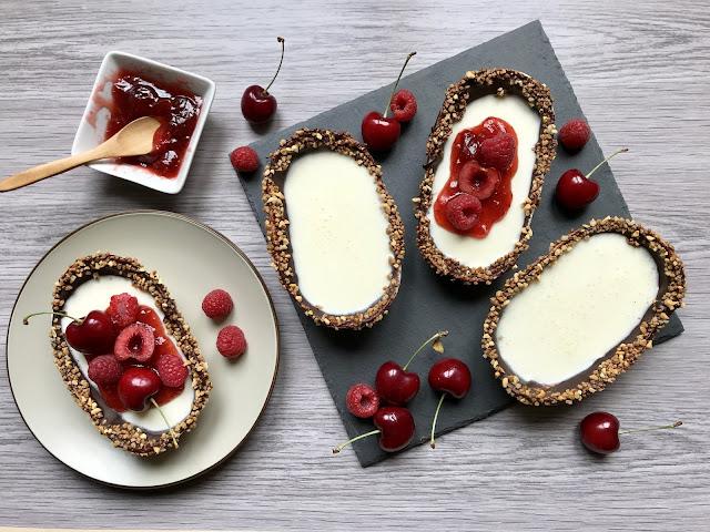 barquitas de chocolate blanco y frutos rojos receta