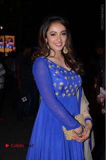 Telugu Actress Tejaswi Madivada Pos in Blue Long Dress at Nanna Nenu Na Boyfriends Audio Launch  0041.JPG