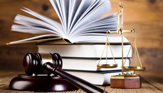 قلة كفاءة المحامين الجدد هو سبب قرار منع انتمائهم