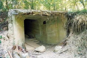 http://2.bp.blogspot.com/-8891j-mNfZU/UZH96mUyzII/AAAAAAAAEis/onMa31U5Dyw/s1600/5.+Terowongan.jpg