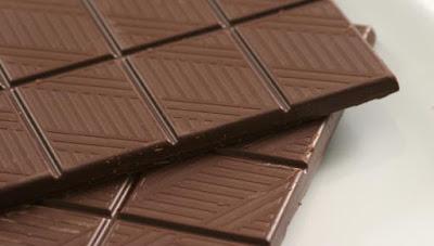 Σοκολάτα για την κατάθλιψη, την καρδιά, την χοληστερίνη, τον ύπνο, την δίαιτα, την σεξουαλική διάθεση αλλά και κατά του καρκίνου. Μύθοι και αλήθειες.