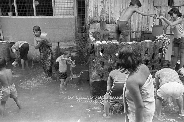 Flood in the kampong in 1954.