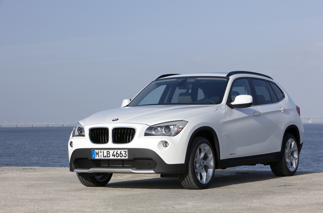 Cars Pictures & Information: BMW X1 2011 Crash Test