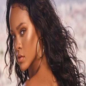 Baixar no Celular Rihanna - Just Feel It Mp3