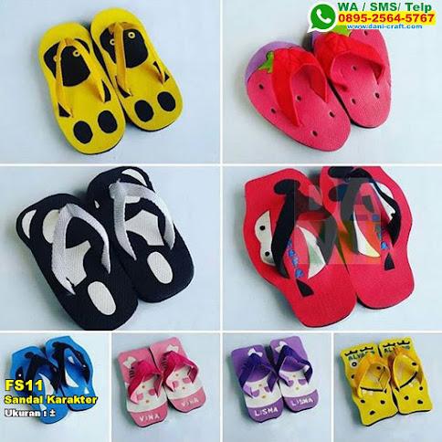 Sandal Karakter