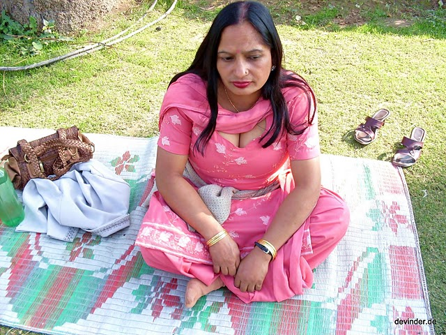 Non Nude But Hot Video Clip Of Desi Wife Getting Enjoyed