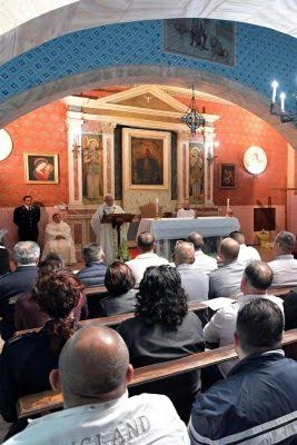 Pope celebrates 'Holy Thursday in prison, washes the feet of 12 prison inmates